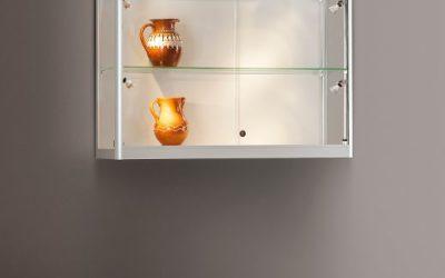 Wand-Vitrine 115 1000-W-Side Light-Tech / silber eloxiert